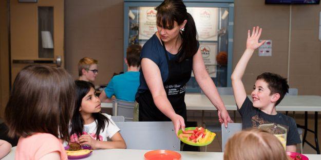 school breakfast program, ottawa, ottawa network for education, onfe